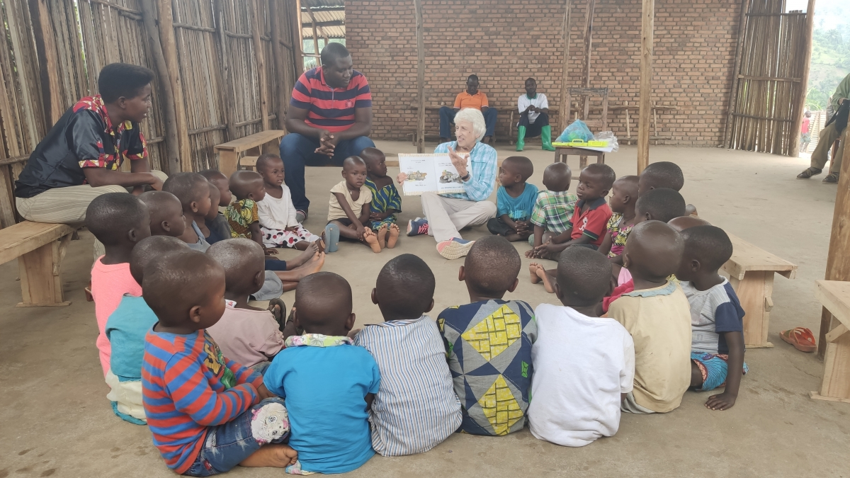 Connie Green reads to students in Burundi