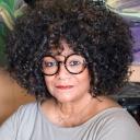 Headshot of Jaki Shelton Green